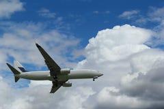 Avião de passageiros Imagens de Stock