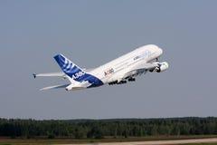 Avião de passageiros Airbus A-380 Fotos de Stock