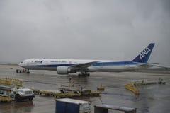 Avião de passageiros de ANA Fotografia de Stock