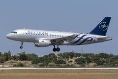 Avião de passageiros checo em cores de Skytem Imagens de Stock Royalty Free