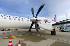 Avião de passageiros de alta velocidade bimotor da turboélice Imagem de Stock