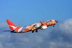 Avião de passageiros de Boeing 737 das linhas aéreas de Qantas Imagem de Stock Royalty Free