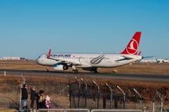 Avião de Turkish Airlines Airbus A321 no aeroporto de Copenhaga Imagem de Stock