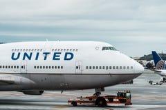 Avião de United Airlines Boeing Imagem de Stock Royalty Free