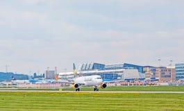 Avião do condor na decolagem, aeroporto Estugarda, Alemanha Fotos de Stock