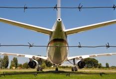 Avião e fio Imagem de Stock