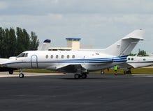 Avião moderno do jato do negócio Imagem de Stock Royalty Free