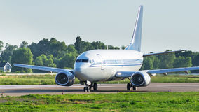 Avião no aeródromo Foto de Stock Royalty Free