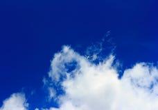 Avião no céu Fotografia de Stock
