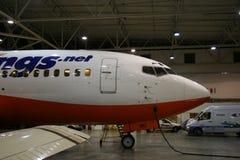 Avião no hangar Foto de Stock