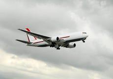 Avião no vôo Foto de Stock