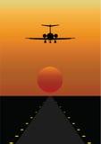 Avião que entra aterrar Imagens de Stock Royalty Free