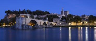 ` Aviñón - Aviñón - Francia de Pont d Imagenes de archivo
