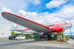 Avión DC3 como parte de McDonald's que está situado en Taupo, Nueva Zelanda Foto de archivo libre de regalías