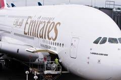 Avión de pasajeros de Airbus A380 de las líneas aéreas de los emiratos Fotografía de archivo
