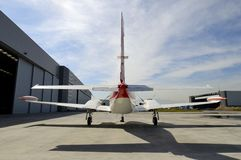 Avión de tamaño mediano del pistón Imágenes de archivo libres de regalías
