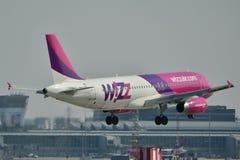 Avión de Wizzair Foto de archivo libre de regalías