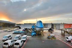 Avión del Klm en el aeropuerto de Schiphol Amsterdam netherlands Foto de archivo