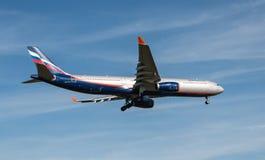Avión ruso de Aeroflot de las líneas aéreas Foto de archivo