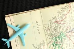 Avión y mapa Imagen de archivo libre de regalías