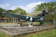 Aviões AD-6 (Douglas A-1 Skyraider) no museu da cidade da matiz vietnam Fotografia de Stock Royalty Free