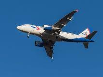 Aviões Airbus A319, linhas aéreas Ural Airlines Imagens de Stock