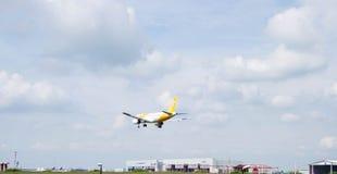 Aviões da aterrissagem Fotografia de Stock Royalty Free