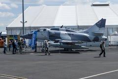 Aviões de ataque portador-capazes subsônicos McDonnell Douglas do único assento A-4N Skyhawk Imagens de Stock