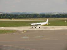 Aviões de D-Falk na pista de decolagem Foto de Stock