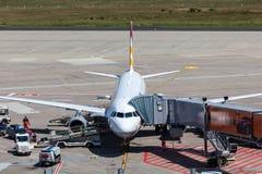Aviões de Germanwings na porta no aeroporto da água de Colônia Imagens de Stock