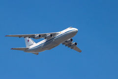 Aviões de jato do transporte aéreo estratégico em voo Imagem de Stock Royalty Free
