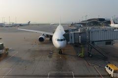 Aviões de jato entrados no aeroporto Fotografia de Stock