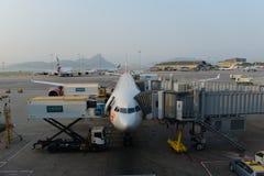 Aviões de jato entrados no aeroporto Imagens de Stock