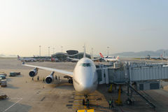 Aviões de jato entrados no aeroporto Imagens de Stock Royalty Free