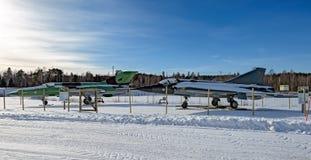 Aviões de lutador MiG-21bis e SAAB do jato 35 Draken o dragão Imagem de Stock