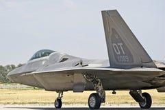 Aviões de lutador táticos da ave de rapina F-22 Fotos de Stock