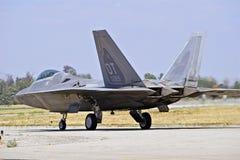 Aviões de lutador táticos da ave de rapina F-22 Fotografia de Stock