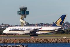 Aviões de Singapore Airlines Airbus A380 em Sydney Airport Fotos de Stock Royalty Free
