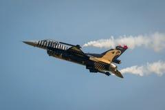 Aviões diplay de solo do F16 da força aérea turca Fotografia de Stock Royalty Free