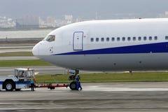 Aviões do reboque Imagens de Stock Royalty Free
