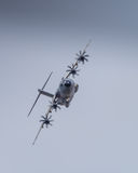 Aviões do transporte de Miltary em voo Fotos de Stock