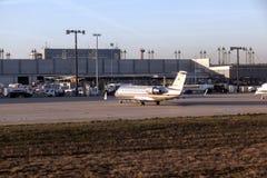 Aviões em Lufthansa Technik Imagens de Stock