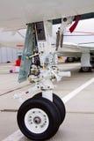 Aviões leves dianteiros de trem de aterragem Fotos de Stock