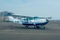 Aviões leves em Nazca, Peru fotografia de stock royalty free