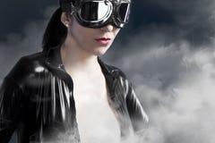 Aviões piloto fêmeas da era dos óculos de proteção Foto de Stock Royalty Free