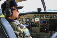 Aviador de la caravana de Cessna 208 Imagen de archivo
