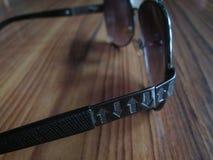 Aviador Sunglasses del color de Champán imagenes de archivo