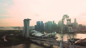 Aviador y Marina Bay Sands Hotel de Singapur metrajes