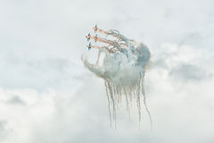 Aviafighters SU-27 let out thermal traps Royalty Free Stock Photography