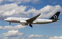 Avianca星空联盟空中客车A330 免版税库存照片